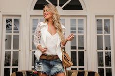 Marina Casemiro-short saia,jeans,cinto,regata,branca,blazer manga renda,look,verão,detalhes,zaus,boutique,blog,ribeirão preto-13