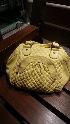 Let's see who has the worst case of pareidolia - post photos of everyday objects with faces. - Funny - Check out: Do You Have Pareidolia? Things With Faces, Crazy Faces, Weird Things, Wtf Face, Hidden Face, Everyday Objects, Optical Illusions, Funny Faces, Louis Vuitton Speedy Bag