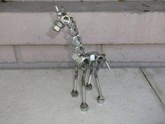 Giraffe Metal Giraffe Sculpture Up cycled Art Welding Art Projects, Diy Welding, Metal Welding, Welding Tools, Welding Ideas, Diy Tools, Welding Design, Welding Crafts, Diy Projects