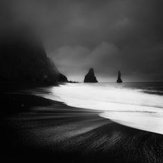 Evocative Black and White Landscape Photos Shot in Vivid Detail