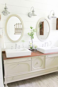 Farmhouse Bathroom update ideas (on a budget!) : Gorgeous buffet looks even better in this farmhouse bathroom! Love all these bathroom update ideas! Diy Bathroom Vanity, Bathroom Styling, Bathroom Ideas, Master Bathroom, Bathroom Wall, Remodel Bathroom, Bathroom Renos, Bathroom Towels, Bathroom Designs