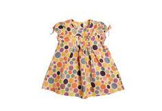 Robe petite fille pour l'été - Plis plats sur la poitrine, manches courtes, robe blanche à pois multicolores