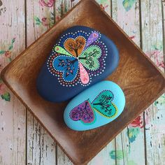 New generation hearts 💞🎨 #heartsincolors #colorlove #trees #designedstones…