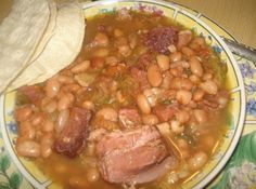 Mexican Charro Pinto Beans, Frijoles Charros Pintos    Got this cooking in my Crock Pot right now!!!