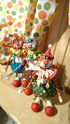 Купить Цирковые коты - ярко-красный, желтый, рыжий кот, оранжевый цвет, горох, котик