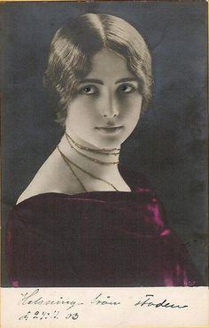 Cléo de Mérode.