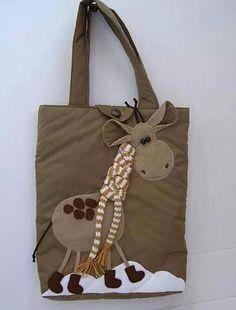 Bolso en tela con aplique de jirafa