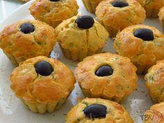 Queques de Alheira – a travessa das bolinhas vermelhas Muffin, Cooking, Breakfast, Food, Al Dente, Savory Foods, Polka Dot, Savory Snacks, Appetizers