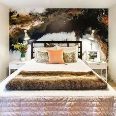 Who struggled to get out of bed this Monday morning? 😉 If not, we're here with all the bedroom inspo to turn your space into one you definitely won't want to leave in a hurry in the morning! This cosy bedroom interior by @dianegordondesign is the ULTIMATE inspiration for a timeless yet modern boudoir, featuring our Marble wall mural by designer @gccartworks. We can't get enough of all the mixed textures. Want to re-create this look at home? Head to our Instagram to shop the look!