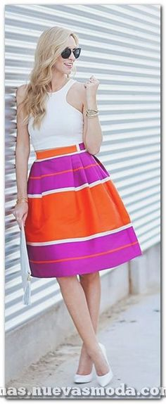 Striped Midi Skirt Summer Style - looks cute but maybe too bright for the office Skirt Outfits, Dress Skirt, Cute Outfits, Looks Style, My Style, Cute Skirts, Midi Skirts, Fashion Outfits, Womens Fashion