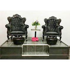 64 Ideas For Pedicure Station Ideas Spas Pedicure Bowls, Spa Pedicure, Pedicure Chair, Nail Spa, Nail Salon Design, Nail Salon Decor, Beauty Salon Decor, Salon Decorating, Beauty Salons
