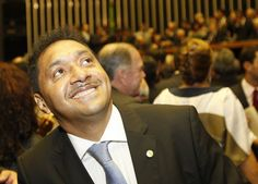 Parlamentarismo no Brasil: Regime apoiado por Cunha está longe de melhorar política, dizem especialistas