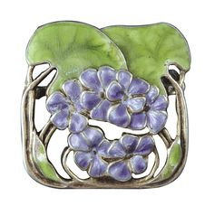Silver and enamel brooch decorated with violets, early 20th century