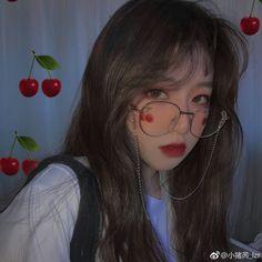luv the girl The hot women Gifts that Keeps On bouncing Early morning BooBers be a bouncing Ulzzang Korean Girl, Cute Korean Girl, Asian Girl, Swagg Girl, Uzzlang Girl, Korean Aesthetic, Aesthetic Girl, Japonese Girl, Ulzzang Makeup