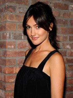 minka kelly.--liking the middle parted bangs.