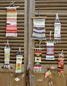 Experiments in hand weaving from Pam Garrison....*SIGH* I need to start a new craft!!