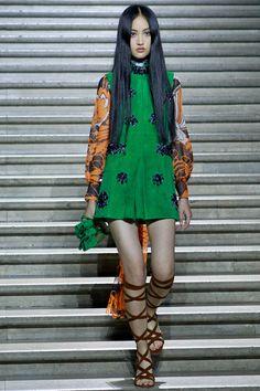 Miu Miu Resort 2015 - Review - Fashion Week - Runway, Fashion Shows and Collections - Vogue