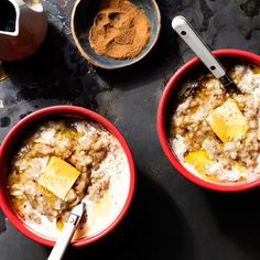 Slow-Cooker Oatmeal With Apples and Ginger
