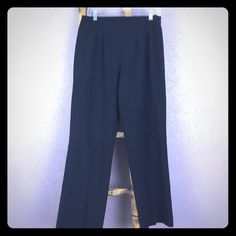 Bundle Four $4 Items & Get 50% Off Size 12 petite. 63% polyester. 33% rayon. 4% spandex. Machine washable. Worthington stretch pants. No staining. No visible defects. No odors. Zip side. 39 inches length. 29 inch inseam. Worthington Pants