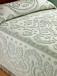 Floral chenille bedspread made of plush cotton with floral center medallion, scallop border, and traditional fringe. Cotton chenille provides all-season comfort. Bedspreads Comforters, Chenille Bedspread, Quilted Bedspreads, Blankets For Sale, Vintage Blanket, Home Bedroom, Bedroom Ideas, Bedroom Vintage, Table Covers