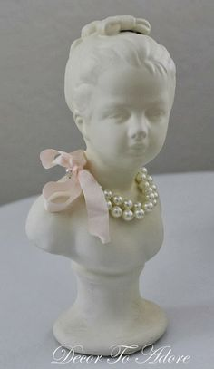 Sweet with the pearls and ribbon♥