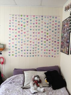 DIY headboard for dorm rooms or apartments