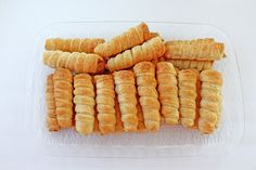 Mom's Cream Horns « Valya's Taste of Home Cream Horn Molds, Cream Horns, Pepperidge Farm Puff Pastry, Pbs Food, Frozen Puff Pastry, Kinds Of Desserts, Sweet Desserts, Keto Cream, Elegant Desserts