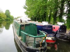 A 1999 Chirk Marine 4 berth cruiser stern narrowboat. Canal Boat, Narrowboat, Boats For Sale, Champagne, Exterior, Outdoors