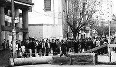 Batalha da Maria Antônia entre alunos da USP e do Mackenzie. 1968. São Paulo.