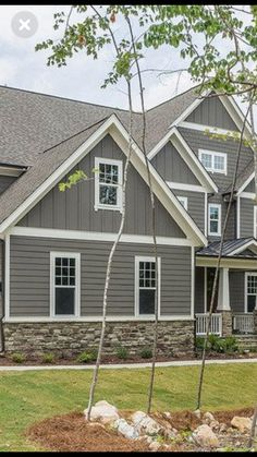With cove siding, keep bat and board on gable ends? Exterior House Siding, Exterior Paint Colors For House, Cottage Exterior, Modern Farmhouse Exterior, Exterior Colors, Gray Siding, Siding Colors, Craftsman Exterior, Grey Exterior