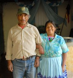 https://flic.kr/p/75F225 | Pareja Couple Michoacan | A happy and long-married couple from Michoacan Mexico