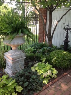 Shade Garden Ideas - Amazing the Gardens Of Union Hill Landscaping Ideas - Garden Design Garden Urns, Lawn And Garden, Willow Garden, Garden Table, Herb Garden, Landscaping On A Hill, Landscaping Ideas, Outdoor Landscaping, Landscape Arquitecture