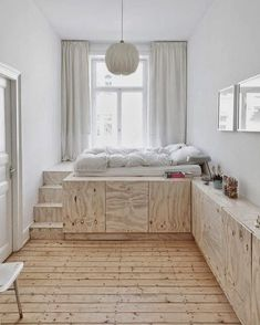 10 Fascinating Ideas: Natural Home Decor Living Room natural home decor ideas farmhouse style.Natural Home Decor Living Room Texture simple natural home decor rustic kitchens.Natural Home Decor Diy Spaces. Plataform Bed, Small Apartments, Small Spaces, Small Small, Home Bedroom, Bedroom Decor, Bedroom Ideas, Wooden Bedroom, Dream Bedroom
