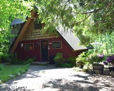 Washington Vacation Cabin Rentals ~ Rental Cabins in the Beautiful Cascade Mountains on Scenic Skykomish River
