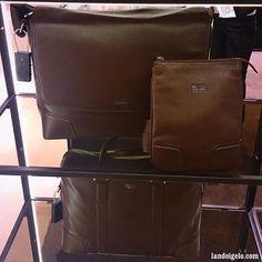 Maletín, bolso y messenger bag de cuero by Hugo Boss vía landoigelo.com