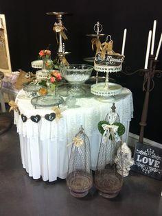 Vintage burlap wedding at A-1 Wedding Rentals in Durant, OK
