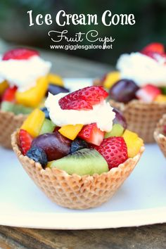 Ice Cream Cone Fruit Cup (Waffle Cone, Fresh Fruit) - The Craft Patch - Ice Cream Cone Fruit Cup (Waffle Cone, Fresh Fruit) Ice Cream Cone Fruit Cups. The prettiest way to serve fruit salad! Healthy Birthday Treats, Healthy Treats, School Birthday Treats, School Treats, Fruit Cups, Fruit Drinks, Fruit Snacks, Keto Fruit, Fruit Recipes
