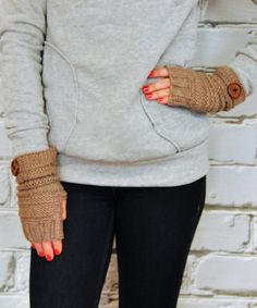 Great fall gloves for chilly mornings.