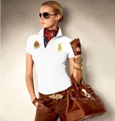 A camisa polo feminina é super versátil e pode ser usada por qualquer mulher.  Confira looks com modelos Lacoste 0f5c6555bfe