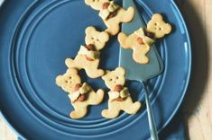 40x vánoční cukroví | Apetitonline.cz Czech Recipes, Gingerbread Cookies, Sweet Recipes, Food And Drink, Menu, Christmas, Blog, Menu Board Design, Yule