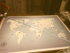 Mapas ilustrados a medida e impresos en madera para señalar con chinchetas! Vintage World Maps, Illustrated Maps, Studio, Creativity, Wood