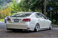 Lexus gs 400 vip bagged stance works via 550way luxury cars find this pin and more on lexus by benniec7 sciox Images