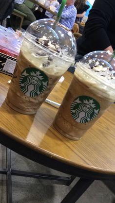 Starbucks Menu, Starbucks Coffee, Starbucks Recipes, Silk Oreo, Starbucks Birthday, Coffee Recipes, Coffee Drinks, Food Pictures, Meals