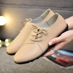 Walk with confidence, run faster, wear comfortable footwear that fits you perfectly. Find leather shoes, sneakers, high heels, boots and flat shoes right here. Tennis Sneakers, Running Sneakers, Shoes Sneakers, Flat Shoes, Oxford Shoes, Sneakers For Sale, Ladies Slips, How To Run Faster, Comfortable Shoes