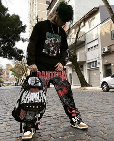 Estilo Cool, Grunge Guys, Freestyle Rap, Angus Young, Boy Tattoos, Bts Aesthetic Pictures, No Name, Mens Fashion, Fashion Outfits