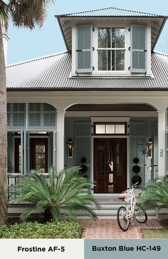 Beach house exterior paint colors beach house exterior colors large size of soothing inspiration beach house Exterior Stain, House Paint Exterior, Exterior Paint Colors, Exterior House Colors, Paint Colors For Home, Exterior Design, Paint Colours, Cafe Exterior, Exterior Shutters