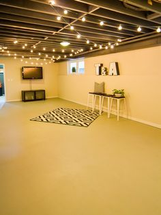Ideas for completing the basement that empty your wallet!Unfinished basement ceiling ideas unfinishedbasementgymideas amazing unfinished basement ideas you should tryThe ideas of an unfinished basement bedroom with concrete floors and exposed beams may Low Ceiling Basement, Basement Lighting, Basement Gym, Basement Makeover, Basement Laundry, Basement Flooring, Basement Renovations, Basement Bathroom, Open Ceiling
