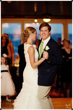 NYC Wedding Photography: Robert and Kathleen Photographers | Larchmont Yacht Club, Larchmont, NY: Wedding Photos