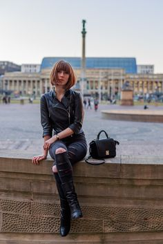 black leather jacket + ripped embroidered jeans Street Style by Lary Rauh and C-roe photography