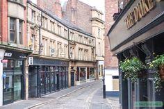 Newcastle rocks! Shoppen, fietsen door de upcoming buitenwijken, food hotspots en vintage shopping. Hierbij: 7x de leukste dingen om te doen in Newcastle! #Newcastle #travel #citytrip #eatpurelove www.eatpurelove.nl